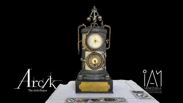 Reloj Empresa El Cojo a su Gerente Herrera Yrigoyen